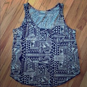 Tribal cotton Billabong tank! Great for summer!
